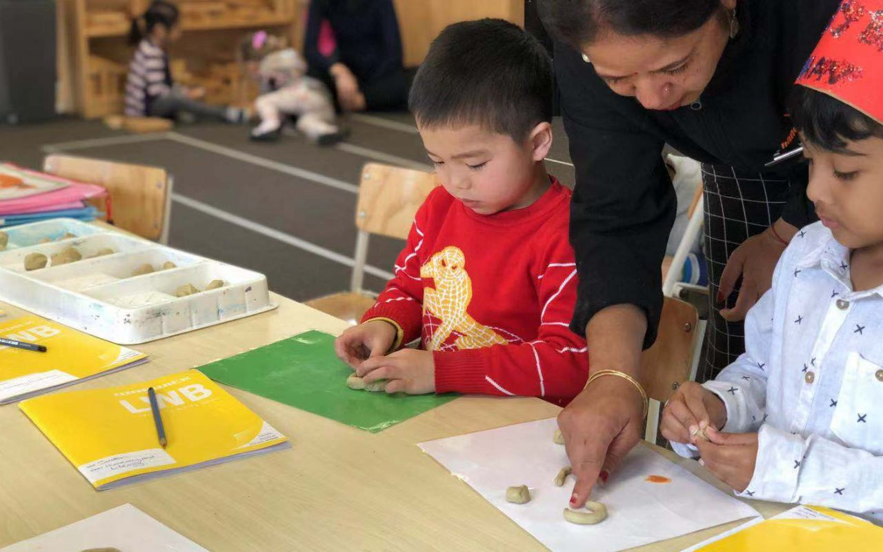 handandhand-flat-bush-early-learning-centre-flatbushschoolprogramme-20190902234819530-thumb-20190902234915304